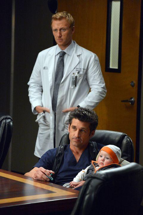 Das Angebot des Präsidenten bringt Owen (Kevin McKidd, l.) und Derek (Patrick Dempsey, r.) zum Grübeln. Soll man sich solch eine Chance entgehen las... - Bildquelle: ABC Studios