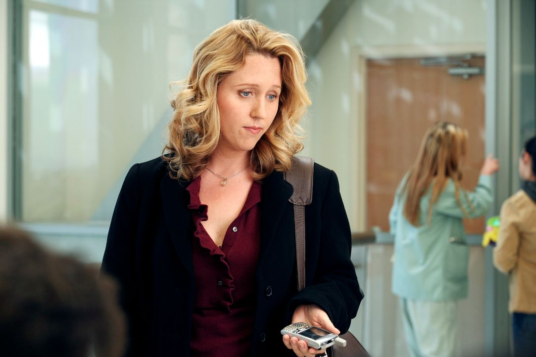 George hat Dr. Erica Hahn (Brooke Smith) aus dem Seattle Presbyterian Hospital angefordert, um die Operation an seinem Vater durchführen zu lassen .... - Bildquelle: Touchstone Television