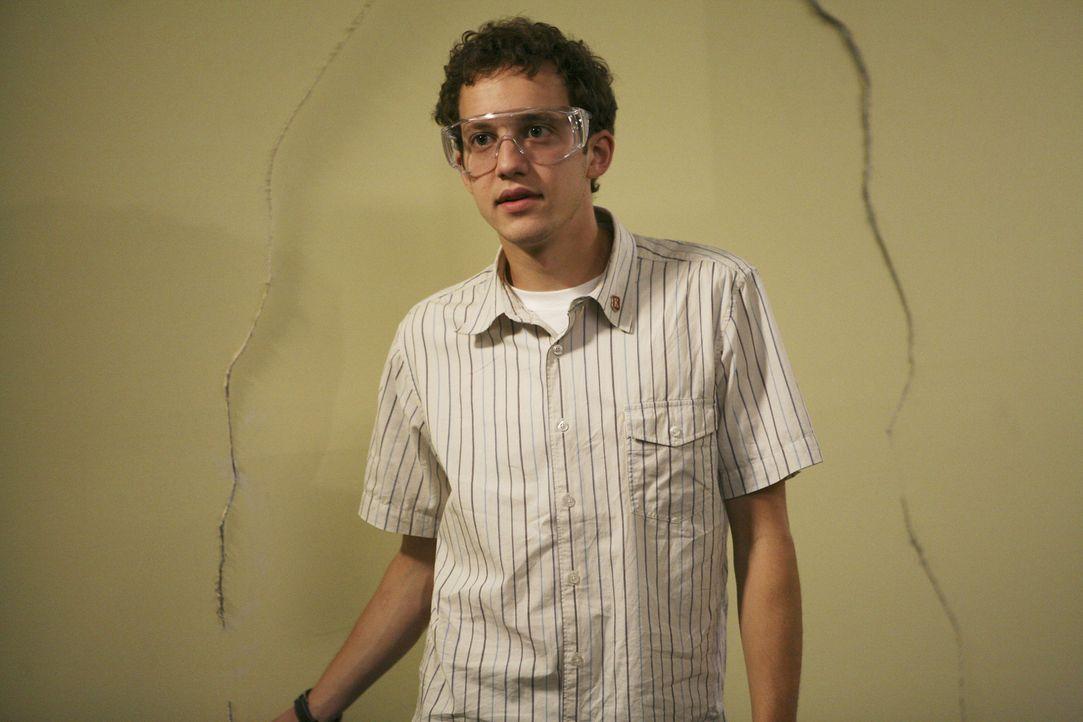 Hat das Interesse an seinem Studium verloren und spielt mit dem Gedanken aufzuhören: Rusty (Jacob Zachar) ... - Bildquelle: 2008 ABC Family
