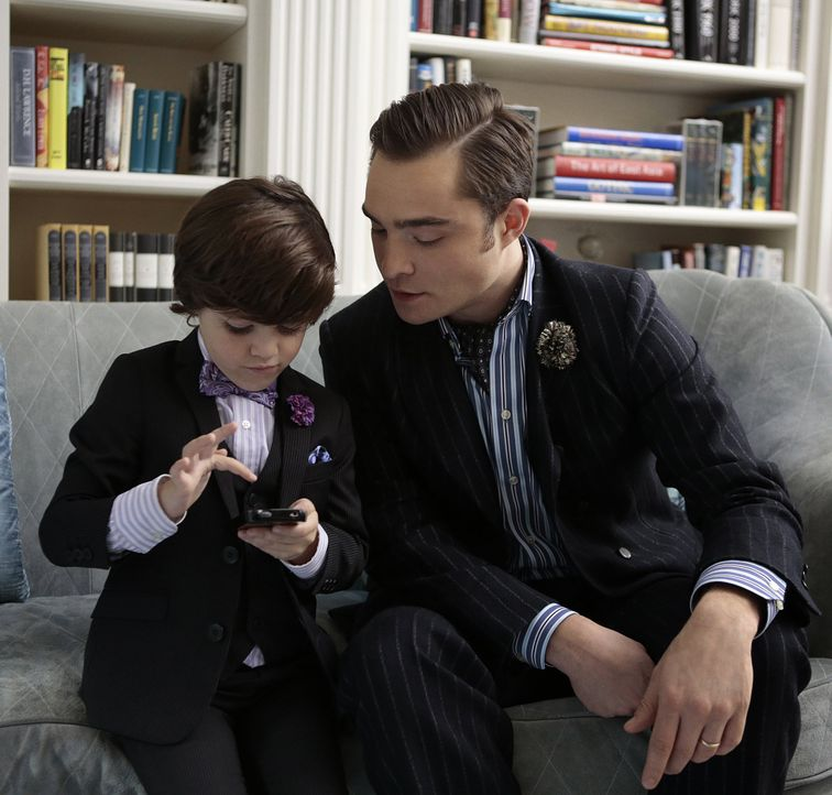 Chuck und sein Sohn? - Bildquelle: Warner Bros. Entertainment Inc.