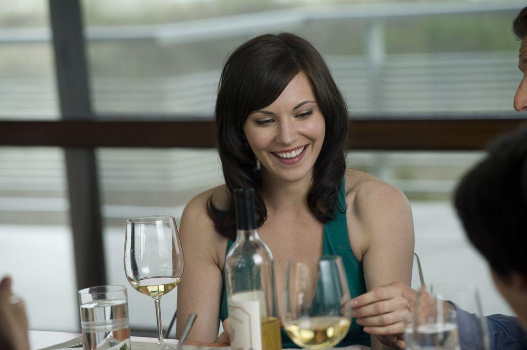 Nachdem sie Ärger mit einem Sponsor hatte, ist Jill (Jill Flint) völlig frustriert und ertränkt ihre Wut im Alkohol ... - Bildquelle: Universal Studios