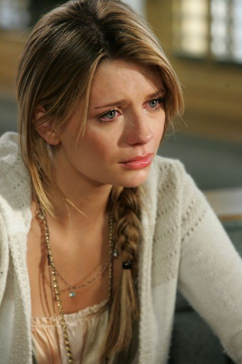 Marissa (Mischa Barton) erfährt nur zufällig davon, dass Ryan Newport verlassen will. Sie ist stocksauer auf ihn und hat auch wenig Lust, am Absch... - Bildquelle: Warner Bros. Television