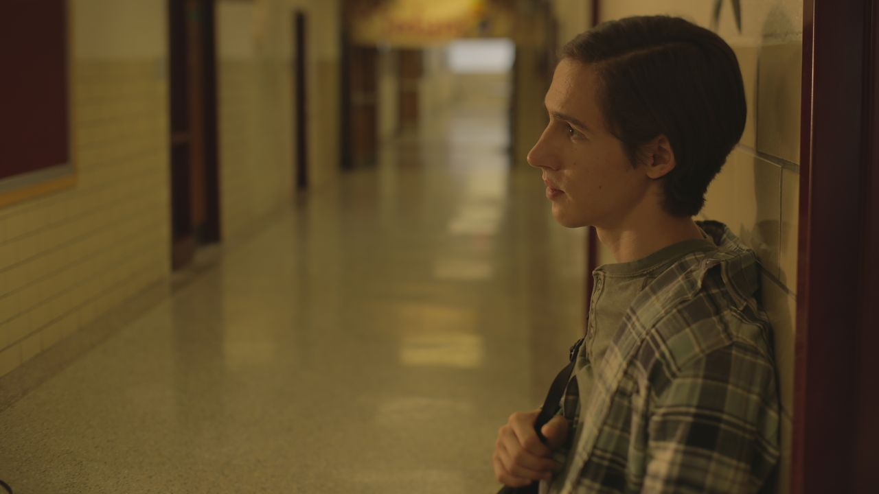 Lieutenant Joe Kenda widmet sich einem kniffligen Fall: Eine Lehrerin bricht... - Bildquelle: Jupiter Entertainment