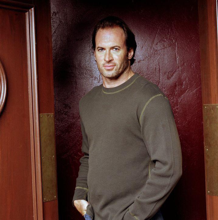 (3. Staffel) - Luke (Scott Patterson) hat nicht nur mit Jess viel zu tun und immer wieder Sorgen ... - Bildquelle: 2002 Warner Bros.