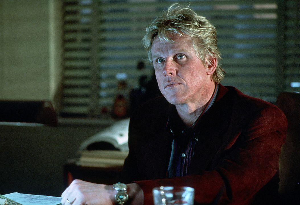 Eddie Lomax (Gary Busey) nimmt seinen Job als Privatdetektiv sehr ernst. Er gibt sein Bestes um an aufschlussreiches Beweismaterial gegen die korrup... - Bildquelle: Paramount Pictures