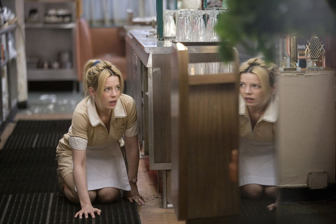 Um dein Leben neu zu beginnen, musst du es erst fast verlieren: Carla (Kate Beckinsale) ... - Bildquelle: Constantin Film Verleih
