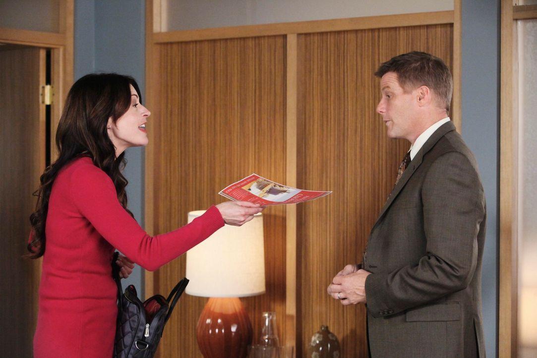 Als Tom (Doug Savant, r.) endlich mal sagt, was er denkt, wird er von Therapeutin Dr. Graham (Jane Leeves, l.) vor die Tür gesetzt ... - Bildquelle: ABC Studios