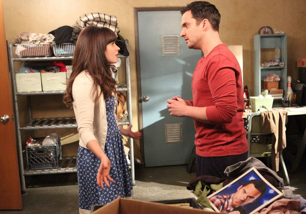 Als Jess (Zooey Deschanel, l.) zu Nick (Jake Johnson, r.) ins Zimmer zieht, sind Probleme vorprogrammiert ... - Bildquelle: 2013 Twentieth Century Fox Film Corporation. All rights reserved.