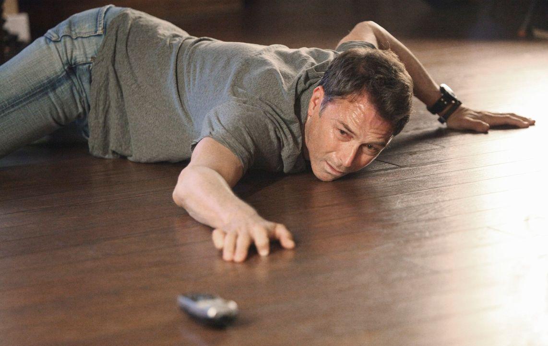 Während sich Violet auf den Weg zu ihrer Lese-Tour macht, kämpft Pete (Tim Daly) um sein Leben ... - Bildquelle: ABC Studios