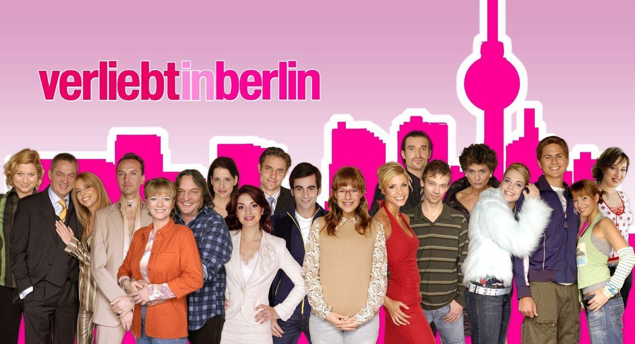 Verliebt in Berlin - Der Cast freut sich über Folge 100! (Dieses Foto von Alexandra Neldel darf nur in Zusammenhang mit der Berichterstattung über d... - Bildquelle: Kowalski/Flynn SAT.1 / Kowalski/Flynn