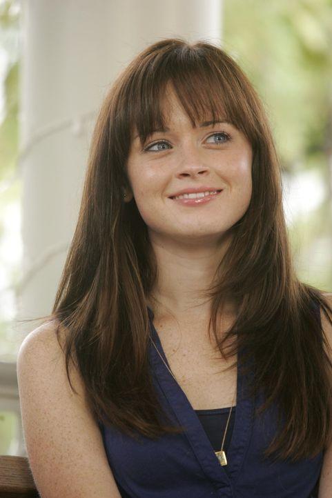 Rory (Alexis Bledel) verbringt ihre Semesterferien alleine in Stars Hollow, anstatt mit ihrem Freund Logan nach Asien zu reisen ... - Bildquelle: Warner Brothers