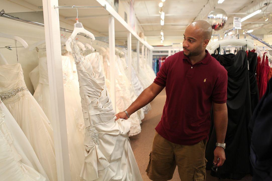 Latresea und Bryan wollen ihre Liebe mit einer großen Hochzeitsfeier krönen. Die zukünftige Braut hat große Pläne für den schönsten Tag ihres... - Bildquelle: Renegade Pictures Ltd