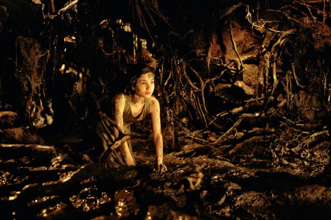 In ihrem eigenen Kosmos findet Ofelia (Ivana Baquero) nicht nur Zuflucht, sondern wird mit Ängsten und Träumen konfrontiert, welche ihr helfen, dem... - Bildquelle: Telepool GmbH