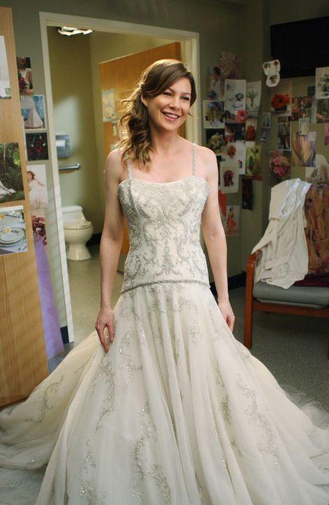 Meredith (Ellen Pompeo) und Derek sprechen über ihre Vorstellungen bezüglich ihrer Hochzeit. Meredith wünscht sich eine einfache, kleine Feier. S... - Bildquelle: Touchstone Television