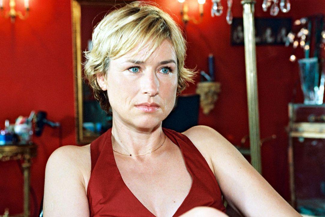 Eva Blond (Corinna Harfouch) - Bildquelle: Sat.1