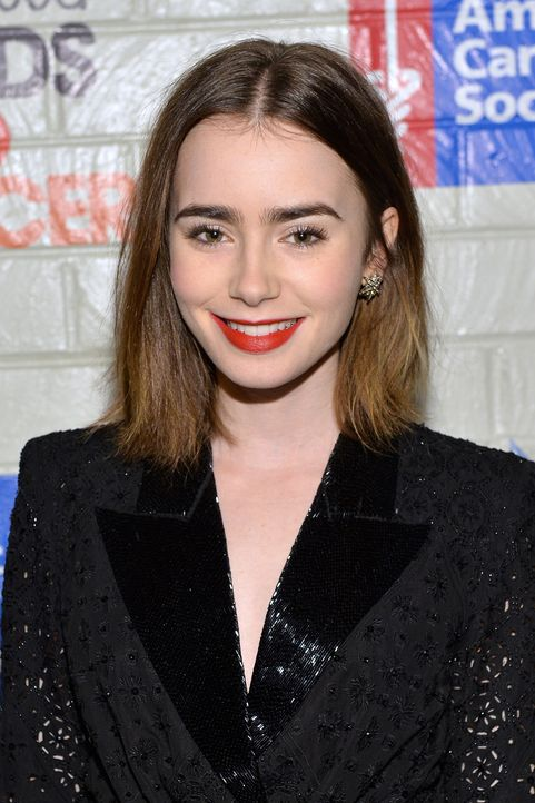 Lily Collins - Bildquelle: Michael Buckner / Getty Images for Entertainment Industry Foundation / AFP