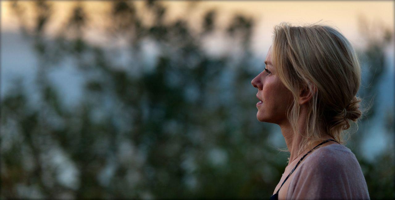 Die Freundschaft zu Roz wird für Lil (Naomi Watts) auf eine harte Probe gestellt ... - Bildquelle: 2013 Concorde Filmverleih GmbH