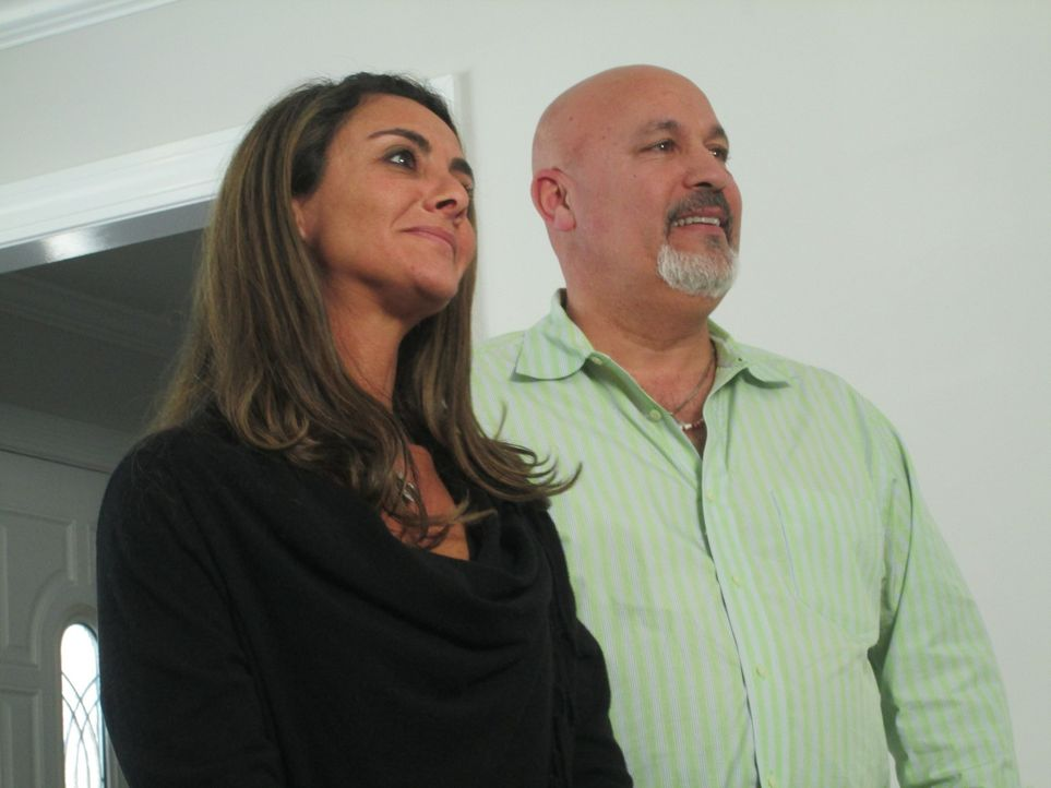 Chris (l.) und Paul (r.) sind seit Jahren gut befreundet und wollen jetzt ein Renovierungsbusiness aufbauen. Doch schon bei ihrem ersten Umbau kommt... - Bildquelle: 2016, DIY Network/Scripps Networks, LLC. All Rights Reserved.