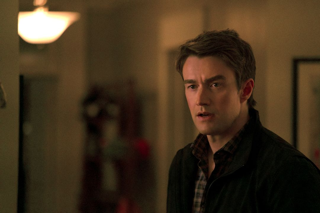 Major (Robert Buckley) - Bildquelle: Warner Bros.