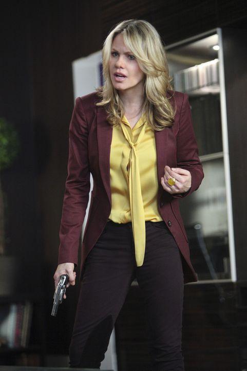 Ihr Plan, Siobhan umzubringen und es wie einen Selbstmord aussehen zu lassen, geht schief, doch Catherine (Andrea Roth) hat bereits einen Plan B ... - Bildquelle: 2011 THE CW NETWORK, LLC. ALL RIGHTS RESERVED