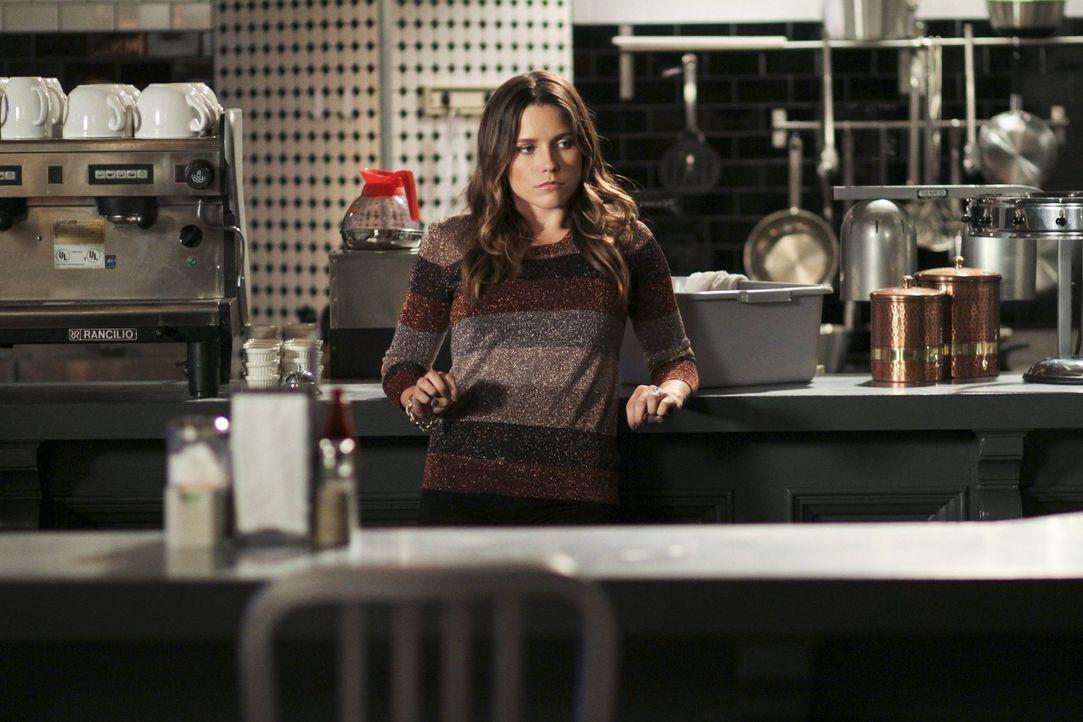 Karen's Café wurde vollkommen verwüstet. Brooke (Sophia Bush) hat einen Verdacht und will sich endlich wehren. Dabei sollte sie sich besser schnells... - Bildquelle: Warner Bros. Pictures