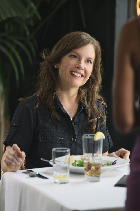 Der Trip von Jules und ihren Freundinnen Laurie und Ellie artet in ein Fiasko aus, als sie ihrer Erzfeindin Shanna (Rachael Harris) begegnen ... - Bildquelle: 2009 ABC INC.