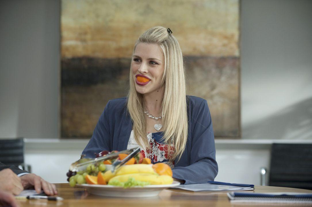 Immer für einen Spaß zu haben: Laurie (Busy Philipps) ... - Bildquelle: 2010 ABC INC.