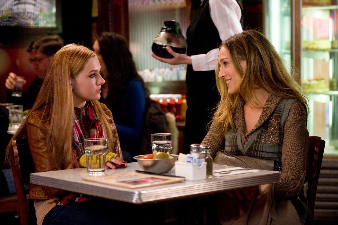 Hailey (Abigail Breslin, l.); Kim (Sarah Jessica Parker, r.) - Bildquelle: Warner Bros.
