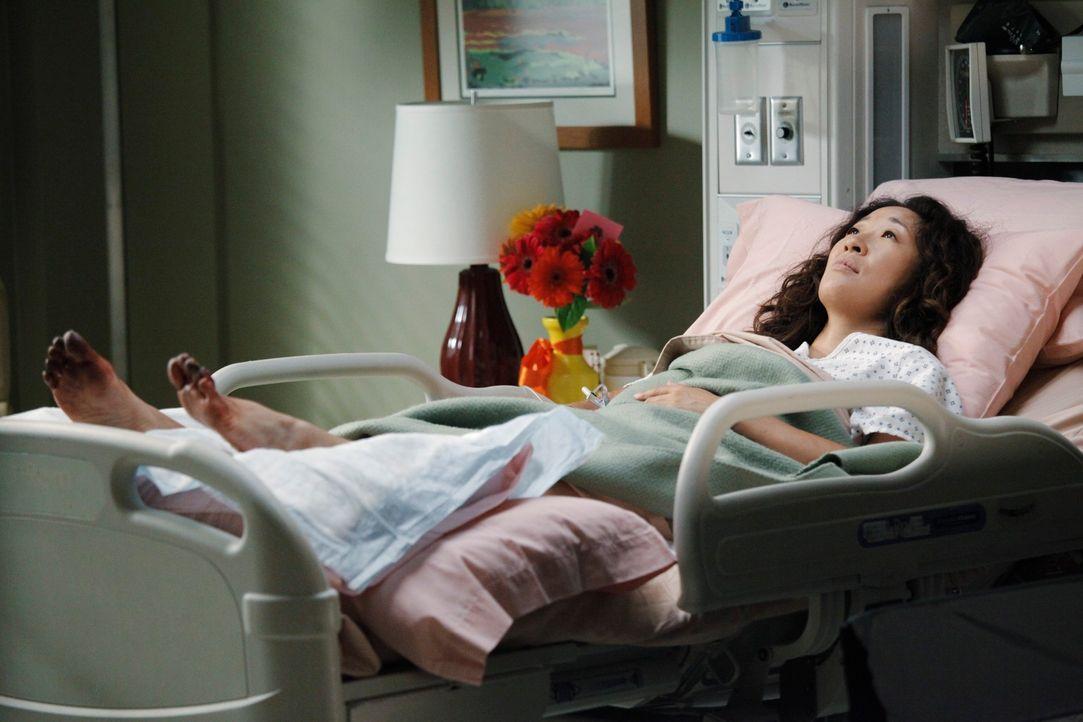Rückblende: Der schreckliche Flugzeugabsturz hat bei Cristina (Sandra Oh) große Spuren hinterlassen ... - Bildquelle: ABC Studios
