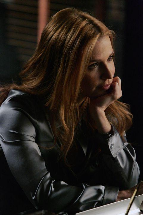 Samantha (Poppy Montgomery) kann Jacks Eifersucht nicht nachvollziehen ... - Bildquelle: Warner Bros. Entertainment Inc.