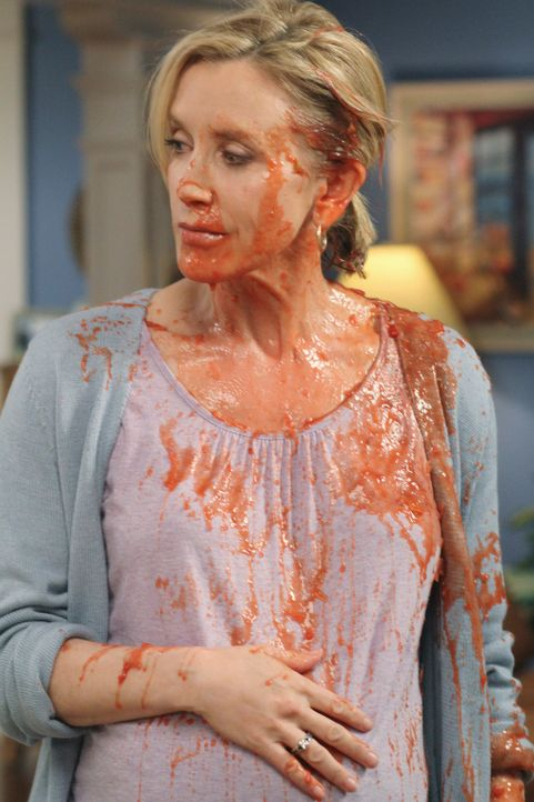 In einem Streit mit Irina, muss sich Lynette (Felicity Huffman) erstmal geschlagen geben ... - Bildquelle: ABC Studios