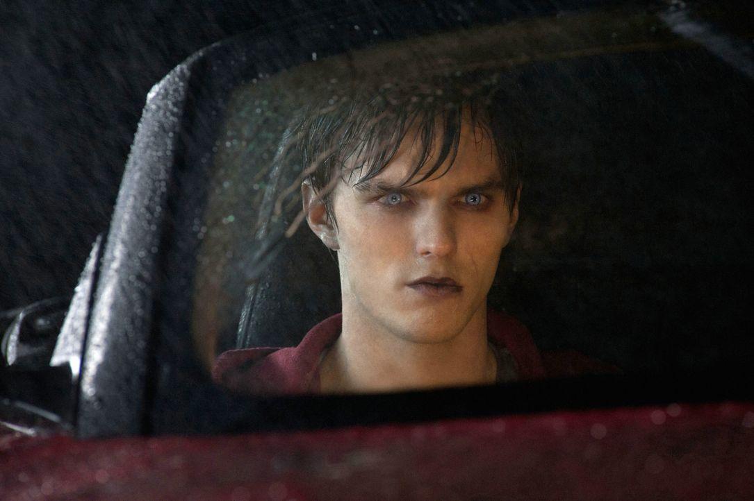 Wird immer menschlicher: Zombie R (Nicholas Hoult) ... - Bildquelle: 2013 Concorde Filmverleih GmbH