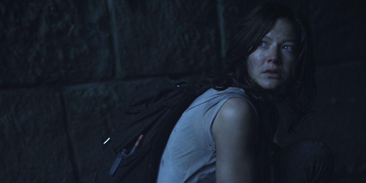 Auf der verzweifelten Suche nach dem Quartier der Entführer, trifft Marie (Hannah Herzsprung) auf eine alte Bäuerin, die sie zu ihrem versteckt gele... - Bildquelle: Caligari