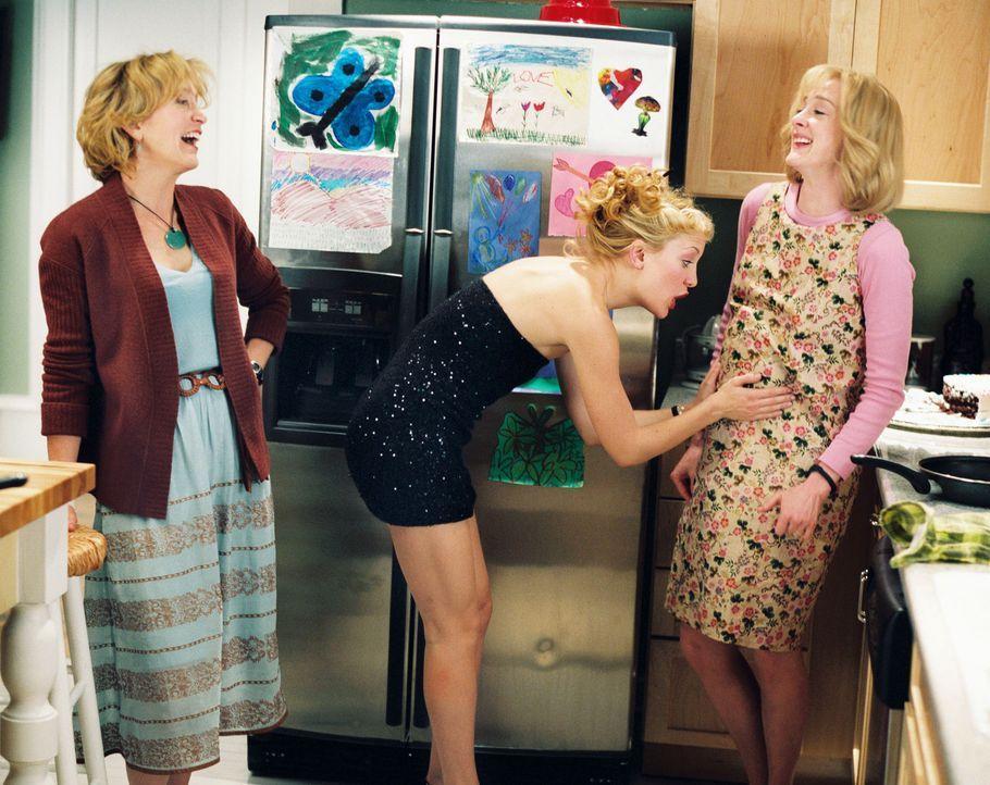 Noch ist das Leben der drei Schwestern in Ordnung: Helen (Kate Hudson, M.), Jenny (Joan Cusack, r.) und Lindsay (Felicity Huffman, l.) ... - Bildquelle: Touchstone Pictures. All rights reserved
