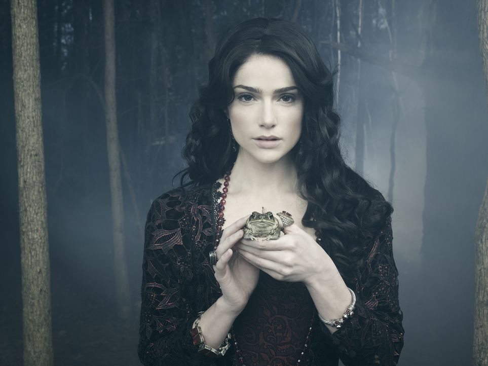 (2. Staffel) - Mary (Janet Montgomery) muss sich ständig gegen ihre Widersacher zur Wehr setzen, ohne dabei ihre wahre Identität den Bewohnern Salem... - Bildquelle: 2015 Fox and its related entities. All rights reserved.