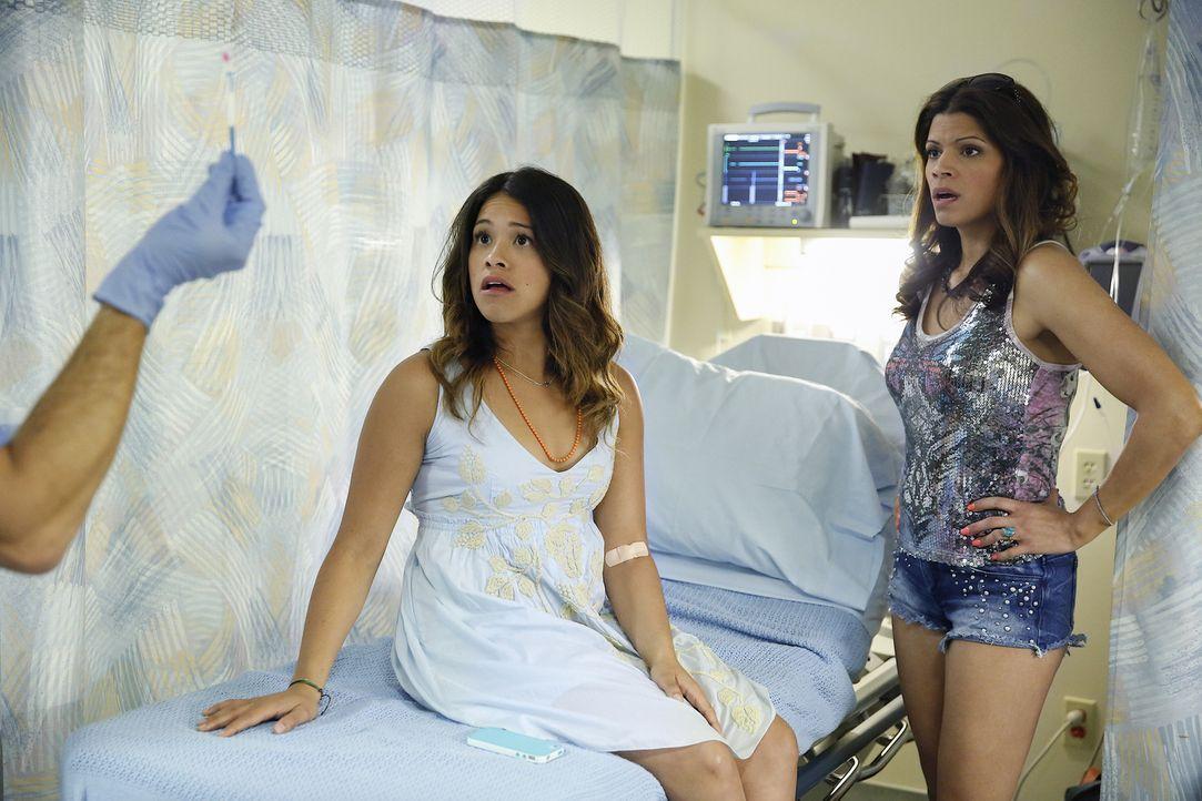 Sind entsetzt, als sie erfahren, dass Jane bei einer Routinekontrolle bei ihrer Frauenärztin aus Versehen künstlich befruchtet wurde: Jane (Gina Rod... - Bildquelle: 2014 The CW Network, LLC. All rights reserved.