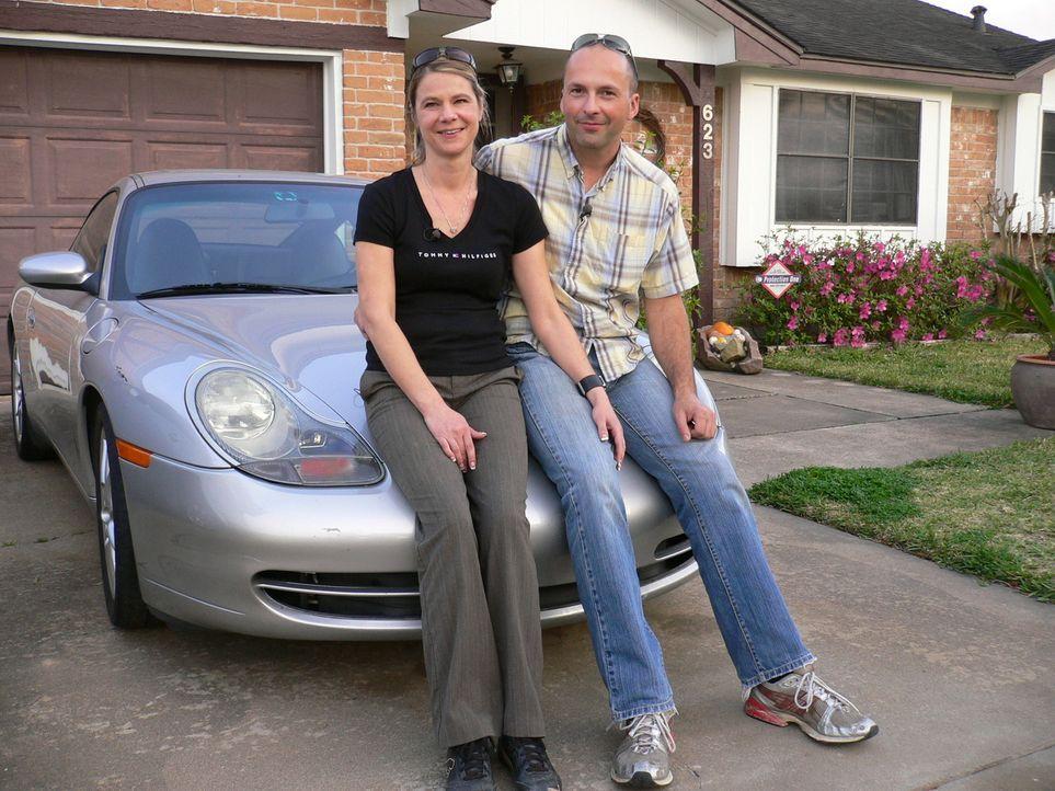 Andrea (39) und Dieter (36) sind vor zwei Jahren nach Texas ausgewandert. Sie verdienen mit dem Verkauf gebrauchter Porscheteile gutes Geld. Aber An... - Bildquelle: kabel eins