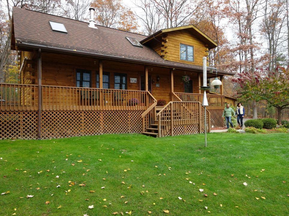 Country Cabin am Kekua Lake, Western New York, ist mit 275 $ ein echtes Schnäppchen. Wird es Lisa und Mike gefallen? - Bildquelle: 2014, HGTV/Scripps Networks, LLC. All Rights Reserved