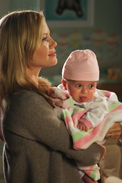 Braucht eine Auszeit: Julia (Sarah Jane Morris) zieht mit ihrer Tochter für eine Weile zu ihren Eltern... - Bildquelle: Disney - ABC International Television