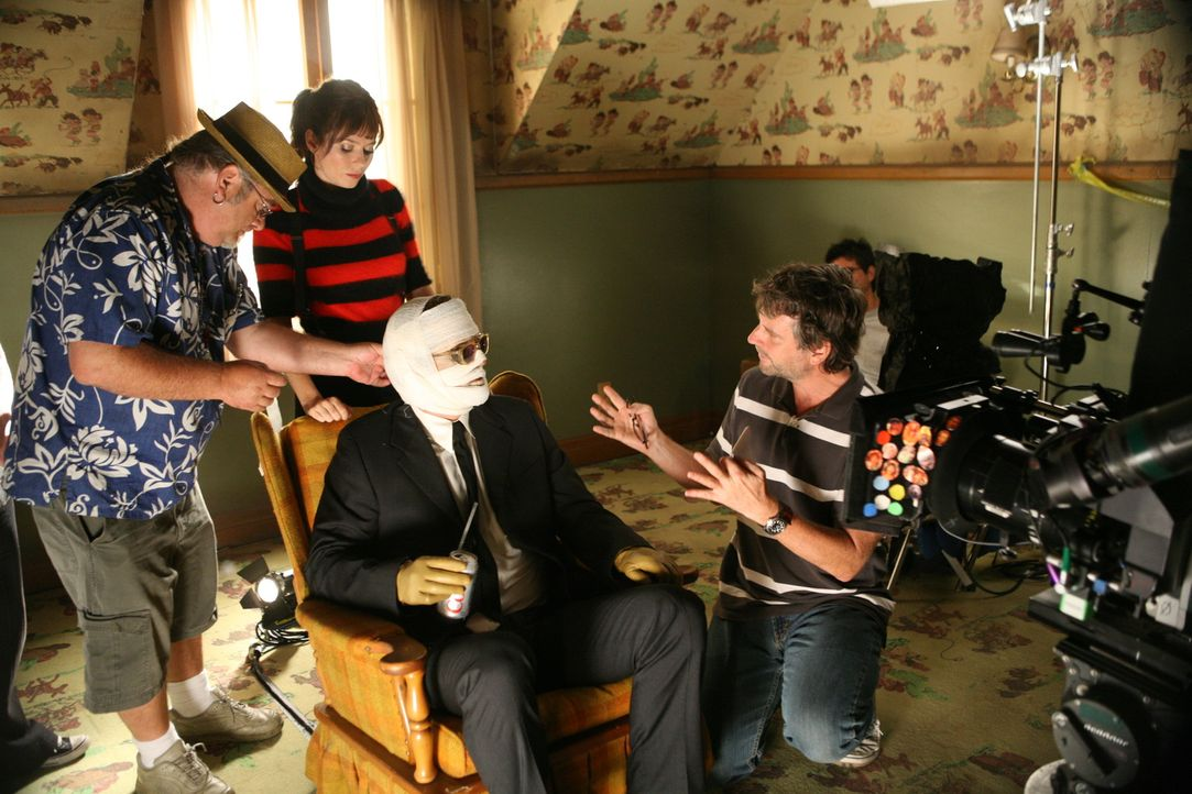 "Bei den Dreharbeiten zu ""Pushing Daisies"" - ""Seelenfutter"". - Bildquelle: Warner Brothers"