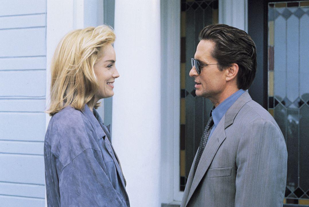 Catherine Tramell (Sharon Stone, l.); Nick Curran (Michael Douglas, r.) - Bildquelle: 1992 STUDIOCANAL. All Rights Reserved.