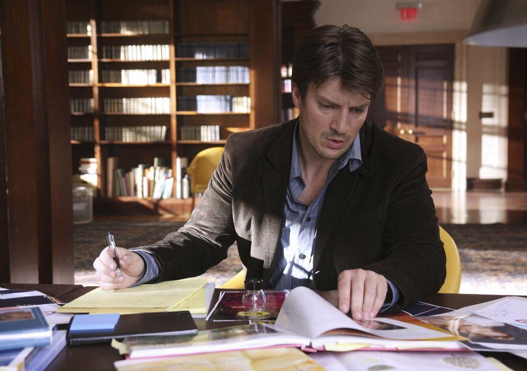 Der Schriftsteller Richard Castle (Nathan Fillion) ist erstaunt, dass der Mörder ausgerechnet seine schwächeren Werke als Vorlage benutzt ... - Bildquelle: ABC Studios