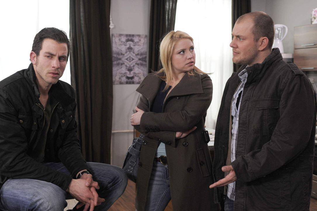 Piet macht Michael schwere Vorwürfe und unterstellt ihm, selbst Schuld daran zu sein, dass Bea ihn rausgeworfen hat. Doch Michael kann einfach nich... - Bildquelle: SAT.1