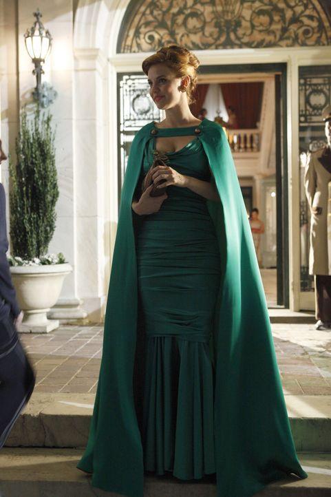Bei diesem Auftrag ist es für Kate (Kelli Garner) schwer, Privates und Berufliches zu trennen ... - Bildquelle: 2011 Sony Pictures Television Inc.  All Rights Reserved.