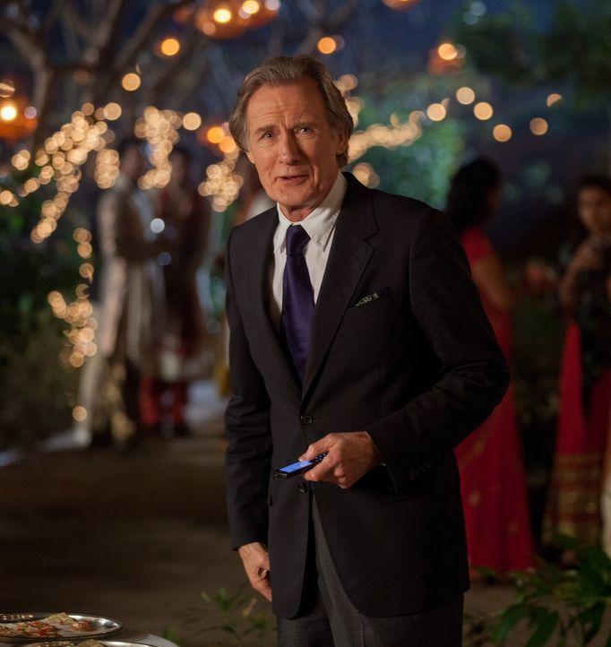 Als Douglas (Bill Nighy), der schrecklich in Evelyn verliebt ist, erfährt, dass diese einen aufwändigen Job angeboten bekommen hat, befürchtet er, d... - Bildquelle: Laurie Sparham 2015 Twentieth Century Fox Film Corporation.  All rights reserved.