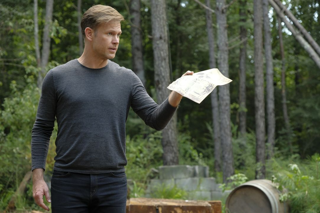 Alaric Saltzman (Matt Davis) - Bildquelle: Mark Hill 2018 The CW Network, LLC. All Rights Reserved. / Mark Hill
