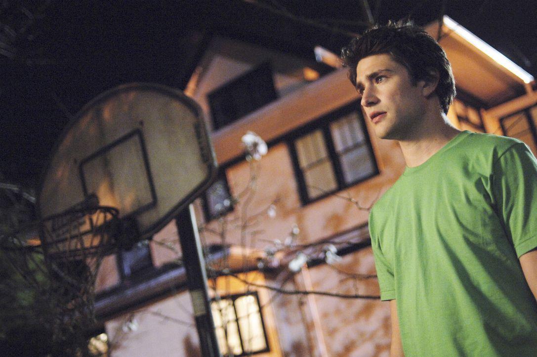 Kyle (Matt Dallas) wird mit dem menschliches Phänomen, der Lüge konfrontiert ... - Bildquelle: TOUCHSTONE TELEVISION