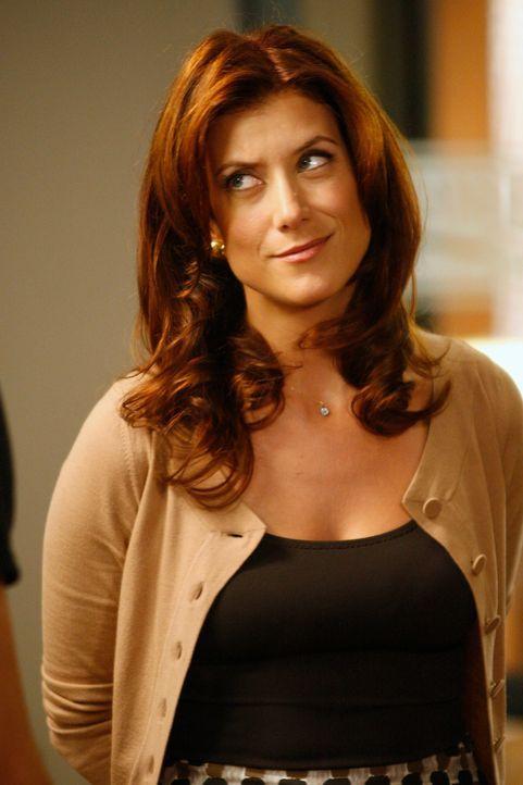 Fühlt sich zu Kevin hingezogen: Addison (Kate Walsh) ... - Bildquelle: ABC Studios