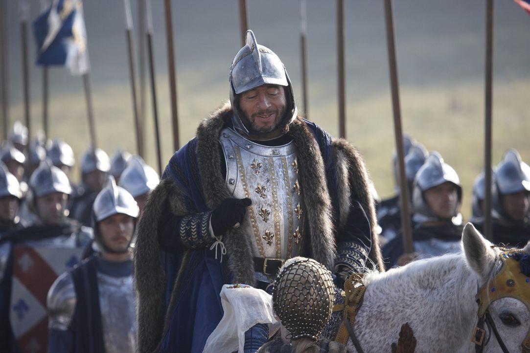 Bezahlt teuer, dass er den Borgias vertraut: König Karl VIII (Michel Muller) ... - Bildquelle: LB Television Productions Limited/Borgias Productions Inc./Borg Films kft/ An Ireland/Canada/Hungary Co-Production. All Rights Reserved.