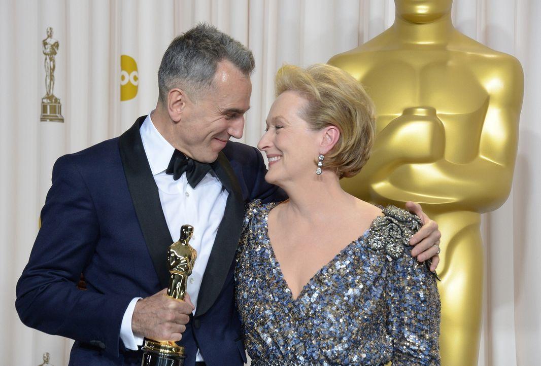 Meryl Streep und Daniel Day Lewis bei den Oscars - Bildquelle: AFP
